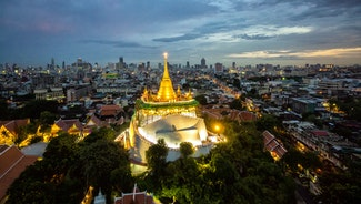 Holiday in Wat Saket in Bangkok - Temple of the Golden Mount poi in Thailand