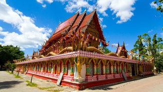 Holiday in Wat Phra Nang Sang poi in Thailand