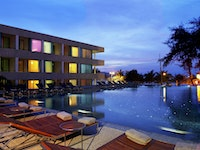 Holiday in B-Lay Tong Phuket Thailand hotel in Thailand