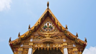 Holiday in Wat Hua Lamphong poi in Thailand