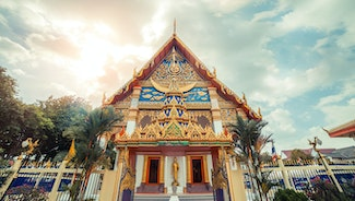 Holiday in Wat Mongkol Nimit Temple poi in Thailand