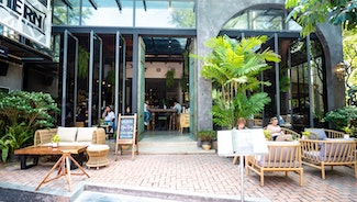 Holiday in Hern Coffee and Bistro restaurant in Thailand